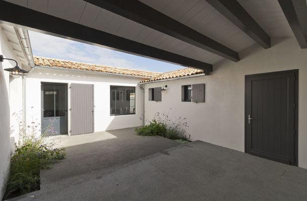 Villa pouzereau - Reglin Delphine - entrée.jpg