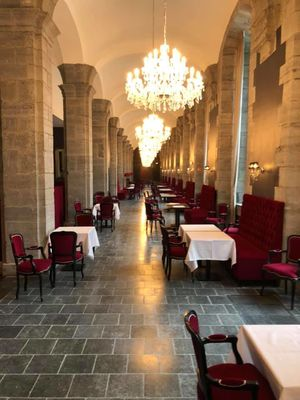 la-galerie-royal-hainaut-spa-resort-hotel-valenciennes-brasserie royal H.jpg