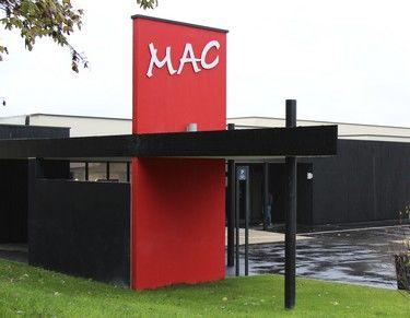 extérieur bât MAC sit.jpg