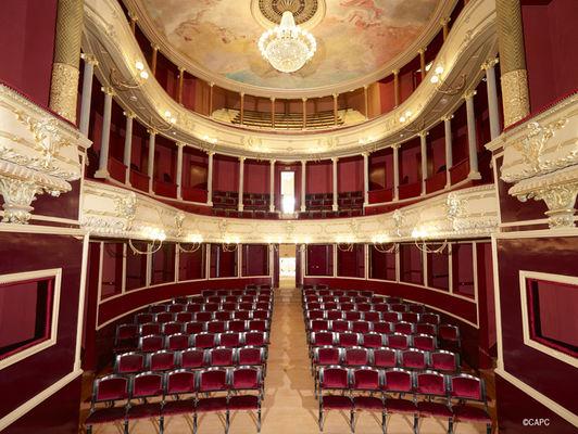 Chatellerault_Theatre_Blossac (1)©CAPC.jpg