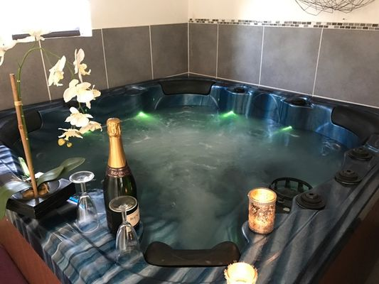 Quievrechain-Sparadisiaque-meublé-spa-5.jpeg