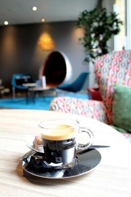 la-balancelle-salon-café-novotel-valenciennes.jpg