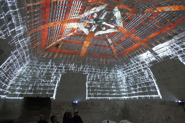 Video_mapping_Donjon_La_Roche_Posay (7).JPG