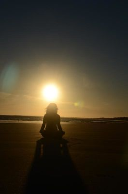 yoga a la plage - ile de re (4).jpg