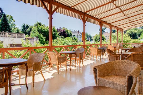 Residence_hotel_Les_Loges_du_Parc_4_etoiles_La_Roche_Posay (19).jpg