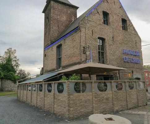restaurant-moulin-croy-facade.jpg