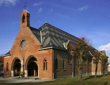 Notre Dame des Trévois extérieur v2.jpg