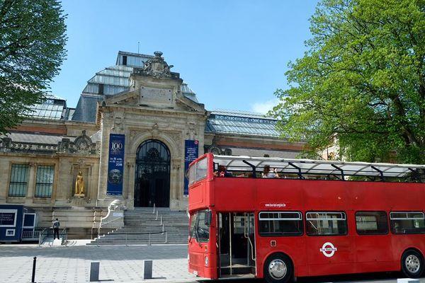 valenciennes bus à impériale.jpg