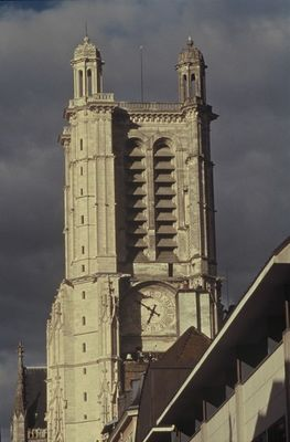 Cathédrale DLN_Troyes.jpg