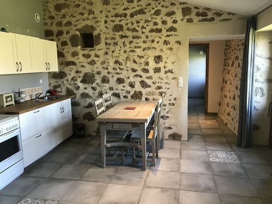 noirlieu-gite-du-chateau-cuisine.jpg