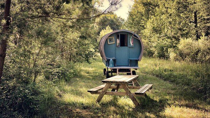 Camping-insolite-roulottes-chateaux-de-la-Loire.jpg