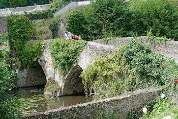 pont cadoré1 argenton-les-vallées-internet.jpg