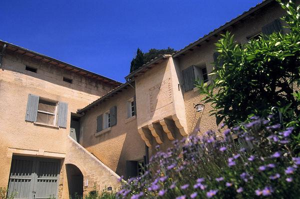 Château Mourgues Grès2.jpg