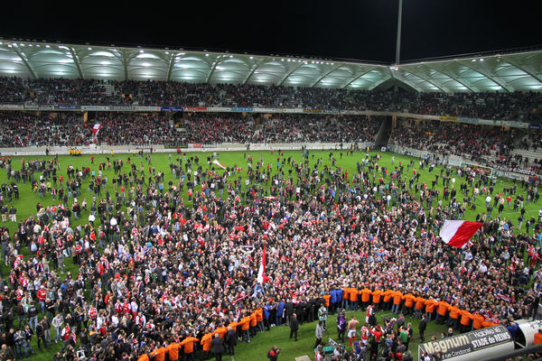 photo envahissement © Stade de Reims.jpg