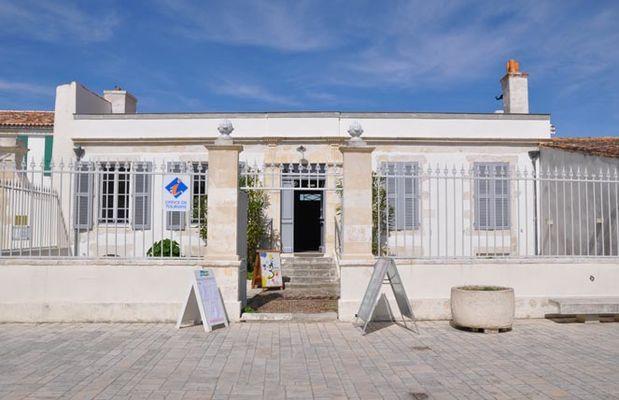 Bureau d'informations touristique de Ars en Ré.jpg
