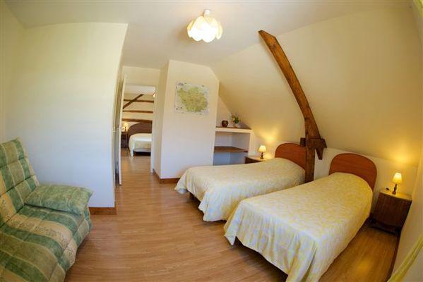 chambre familiale Bouton d'Or, vue d'ensemble.jpg