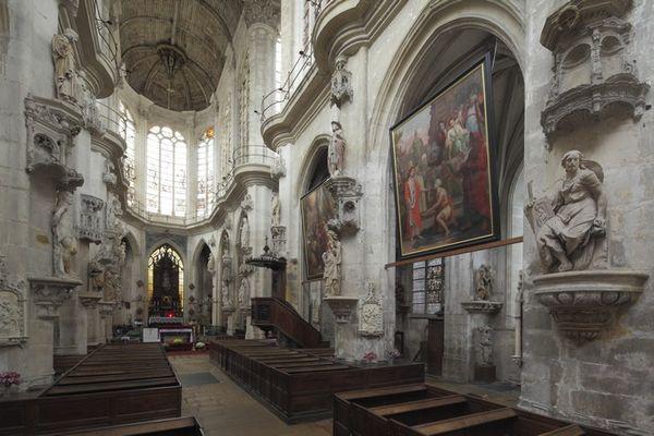 Statuaire église St Pantaléon.jpg