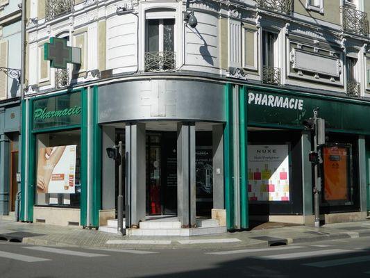 pharmacie fernadez.JPG