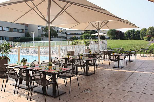 Novotel©Clément Richez pour l'Office de Tourisme de l'Agglomération de Reims (6).jpg