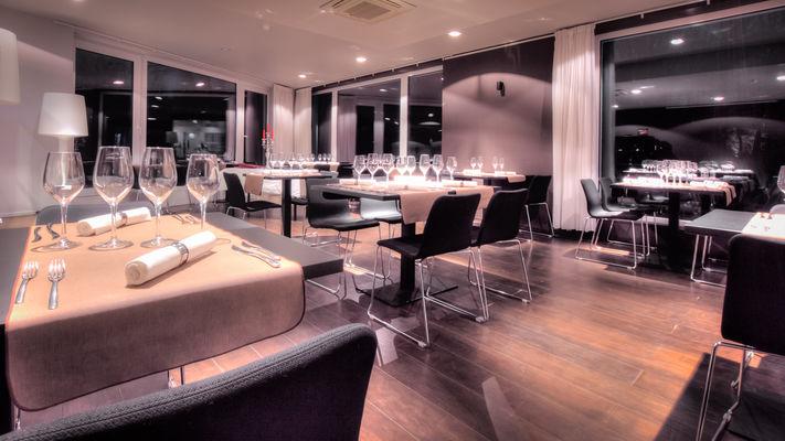 utopia-restaurant.jpg