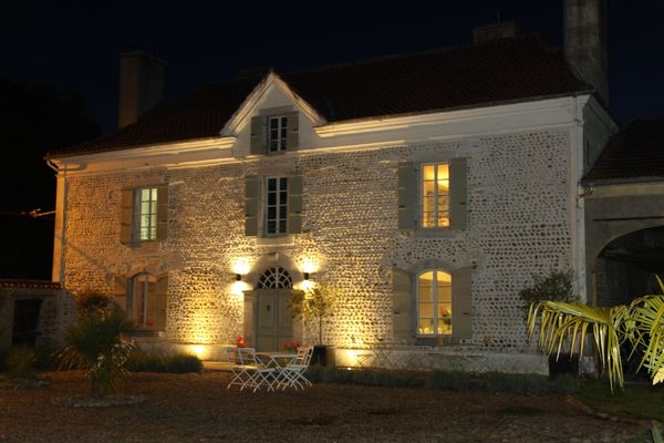 12 Front of house at night.JPG