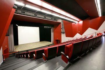 Auditorium Loisirs.jpg