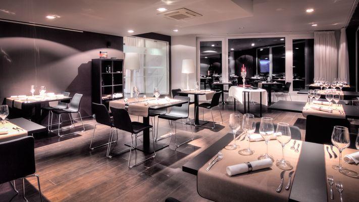 Salines-restaurant2.JPG
