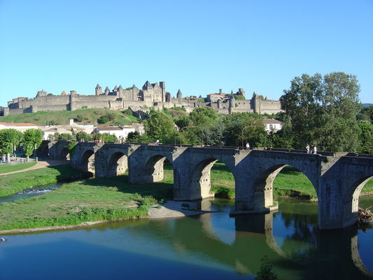 Pont vieux Carcassonne crédit photo omt carcassonne.JPG