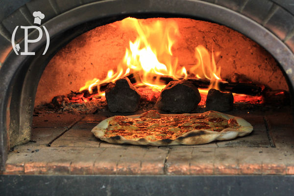 Foodtruck - feu de bois.jpg
