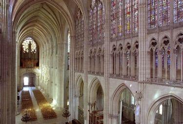 Cathédrale grande nef  © D Le Nevé OT Troyes.jpg
