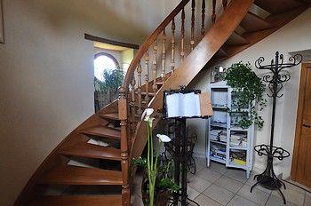le petit puy loup escalier - internet.jpg