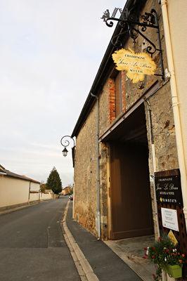 Champagne Jorez-Lebrun ©Clément Richez pour l'Office de tourisme de l'Agglomération de Reims (7).jpg