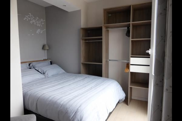 Panoramique - Chambre + dressing.jpg