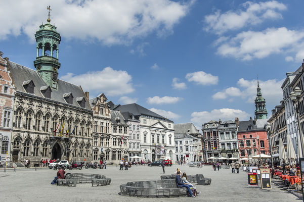 Grandplace2-Copyright visitMons - Gregory Mathelot.jpg