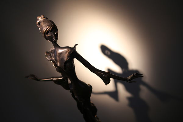 Maxens-statue-Mons.JPG