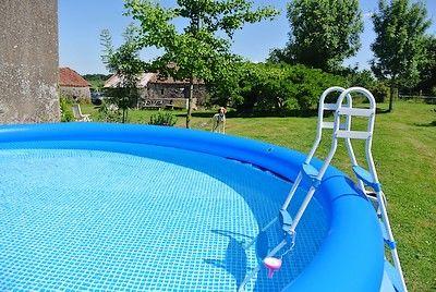 Chanteloup-la maison des glycines-piscine-SIT.jpg