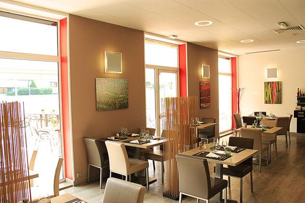 Novotel©Clément Richez pour l'Office de Tourisme de l'Agglomération de Reims (12).jpg