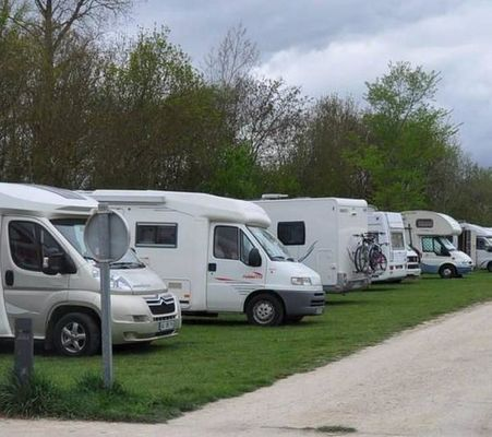 L-aire-des-camping-cars-amenagee_reference.jpg