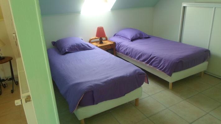 chambre violette.JPG