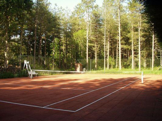 Court de tennis au Village de gîtes Le Moulin de Crouy