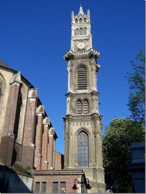 Eglise_beffroi_Saint_Gery_Valenciennes.jpg