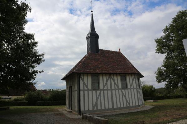 Chapelle St Aubin1 Michel Chatenet.JPG