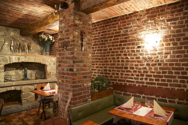 medieval-interieur9-mons.jpg