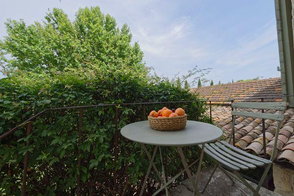 Appartement MANON terrasse - DOMAINE DES CLOS.jpg