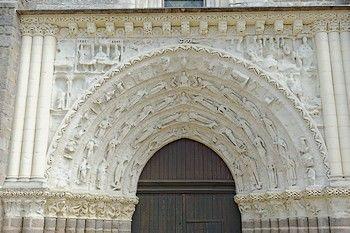 Eglise St Gilles Argenton-les-Vallées-internet.jpg
