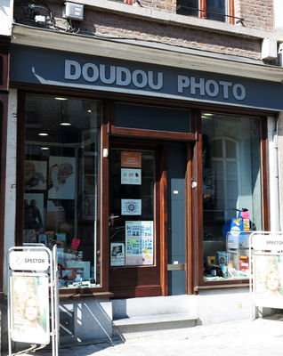 Façade Doudou Photo.JPG
