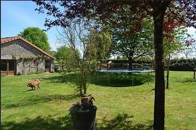 lachuliere-trampoline.jpg