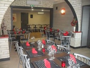 salle-restaurant2-petit.JPG