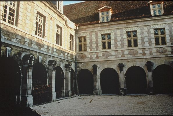 Abbaye st Martin es Aires.jpg