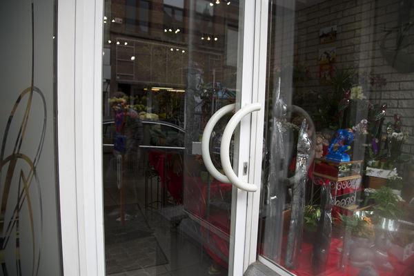 floribel-vitrine2-mons.jpg
